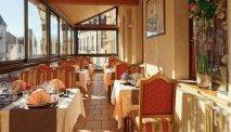 Hotel des Trois Maures Bourgogne - restaurant serre