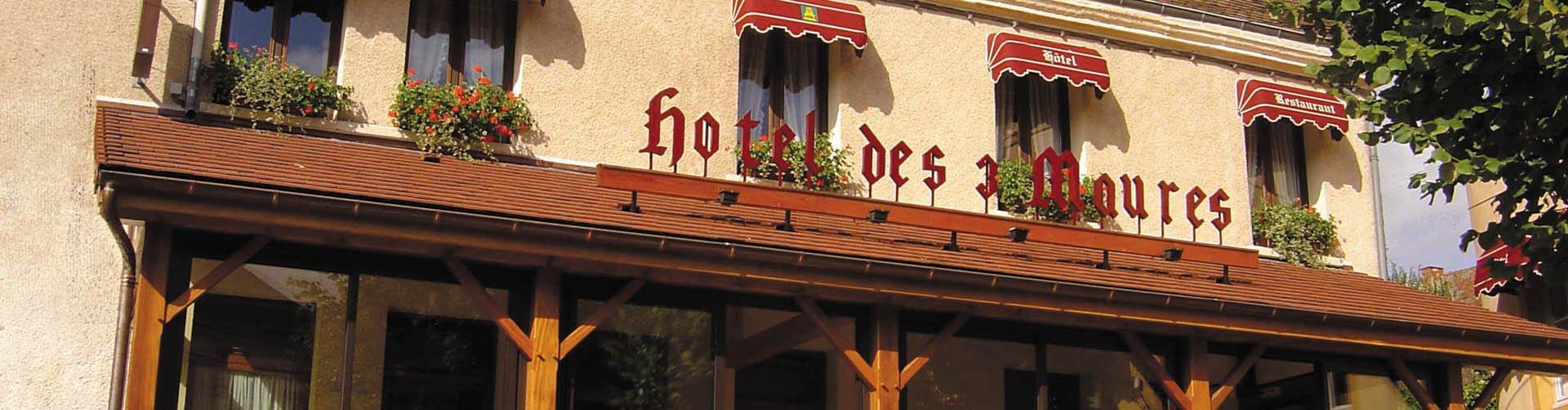 Hotel Des Trois Maures - banner