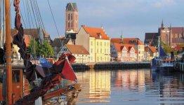 De pittoreske haven van Wismar