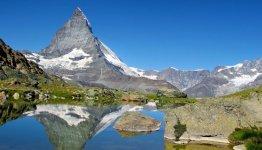 Bergen en meren in Zwitserland