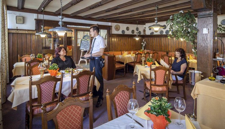 Hotel Goldene Rose - Restaurant Ollman's