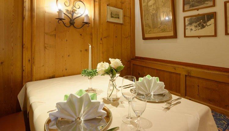 De tafel staat gedekt voor u klaar in Hotel Alte Post