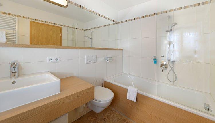Hotel Alte Post - 2-persoonskamer Comfort, badkamer