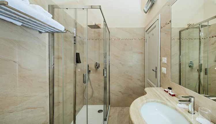 Hotel Ercolini e Savi - 2-persoonskamer Superior badkamer