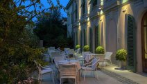 Hotel Ercolini e Savi, geniet van een zwoele avond op het romantische terras
