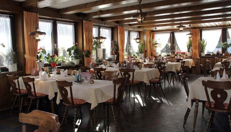 Heerlijke lokale gerechten proeven bij Hotel Schöne Aussicht