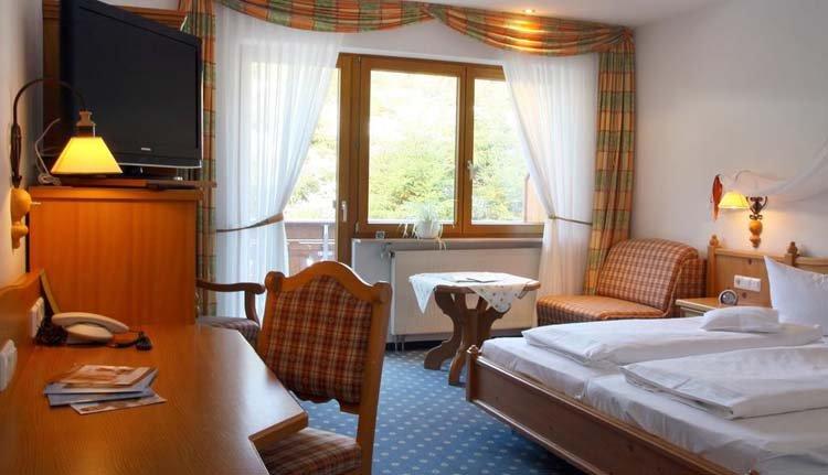 Hotel Schöne Aussicht - 2-persoonskamer