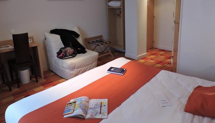Hotel Balmoral - route uitstippelen op de kamer