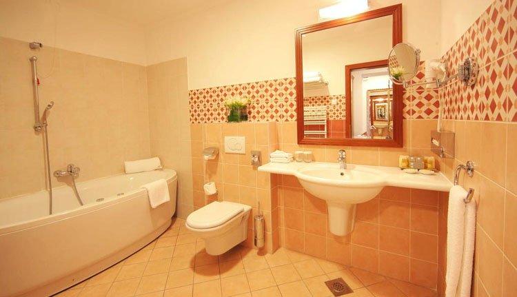 Hotel Lovec - badkamer