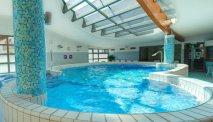 Relaxen in het zwembad van Hotel Lovec