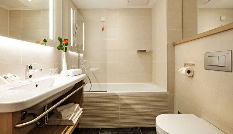 Hotel Golf - 2-persoonskamer, badkamer