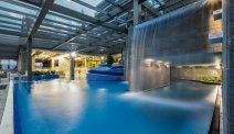 Prachtige zwembaden van Hotel Golf