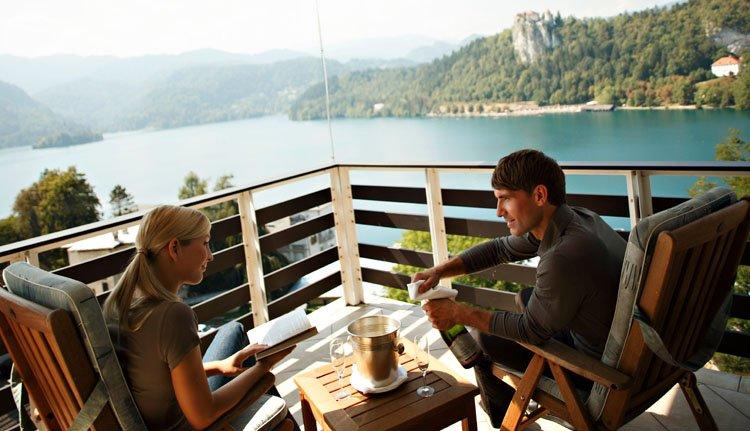 Hotel Golf - 2-persoonskamer met champagne ontbijt op het balkon
