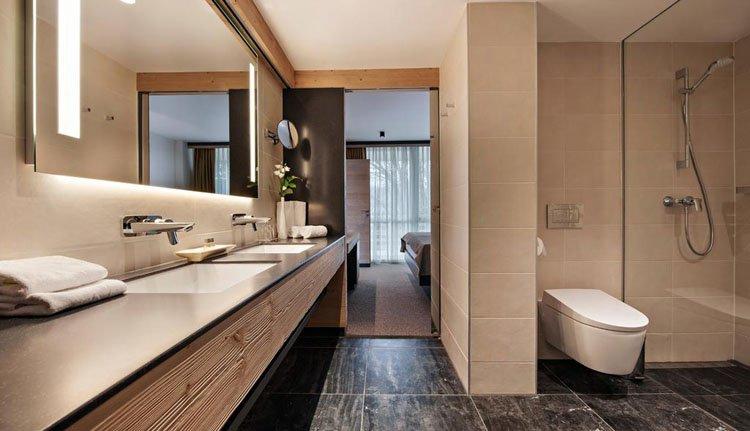 Hotel Golf Bled - 2-persoonskamer balkon meerzicht, badkamer