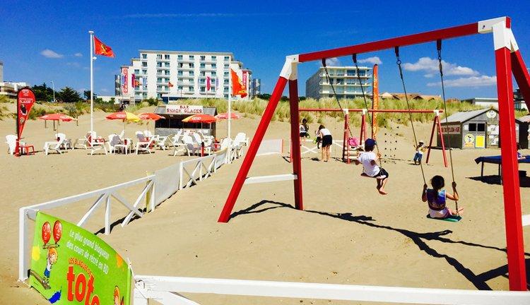 Hotel du Béryl St. Brevin - strand met speeltuin