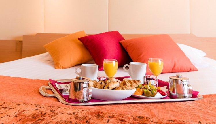 Hotel du Béryl St. Brevin - 2-persoonskamer roomservice