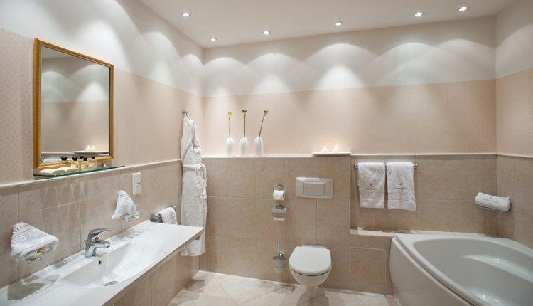 Hotel Amadeus - 2-persoonskamer, badkamer