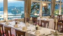 Schuif heerlijk aan tafel bij Hotel Triglav Bled