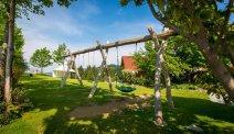 Guesthouse Smogavc - speeltuin in de tuin