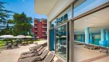 Hotel Lucija - binnen- en buitenzwembaden