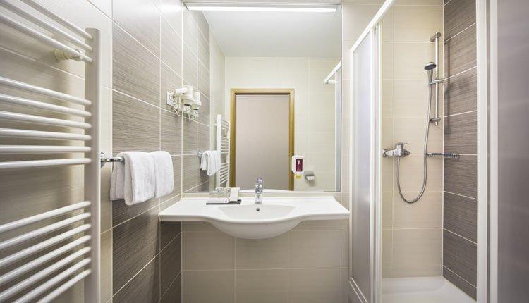 Hotel Lucija - 2-persoonskamer, badkamer