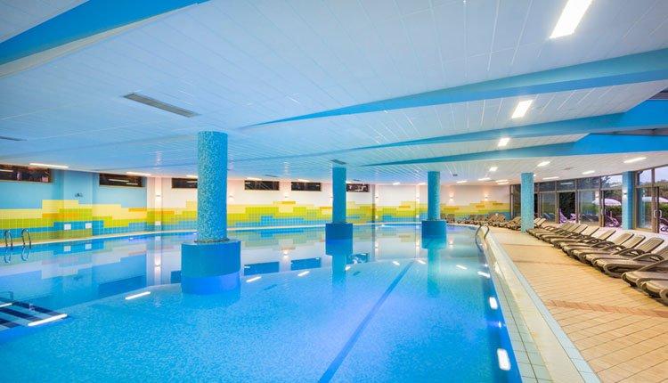 Mooie zwembaden in Hotel Lucija