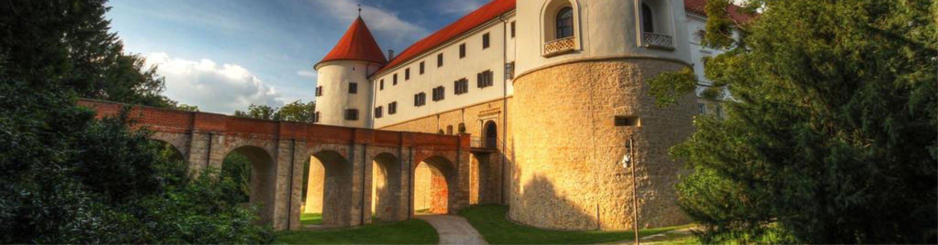 Banner Hotel Grad Mokrice - Slovenië