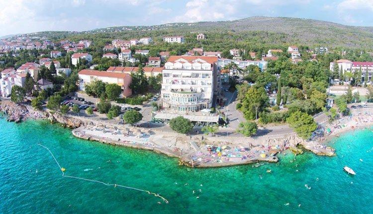 De prachtige ligging van Hotel Marina