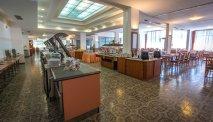 Het buffetrestaurant van Hotel Holiday