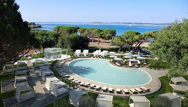 Hotel Park Plaza Belvedere heeft een heerlijk zwembad