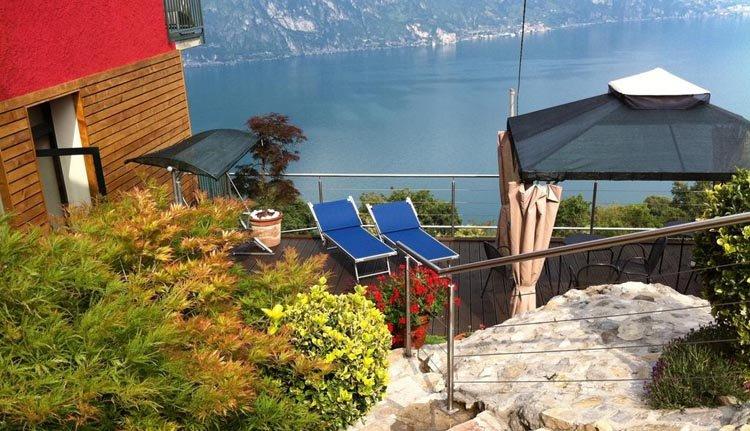 Relaxen op het zonneterras van Hotel Panoramico