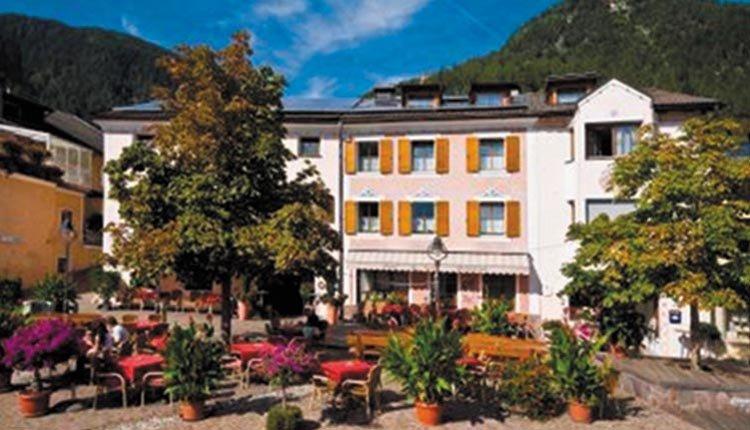 Hotel Seppi in Mühlbach, Dolomieten Italië