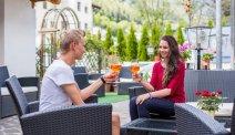 Sluit uw vakantiedag af met een aperol als aperitiefje en schuif aan in het restaurant van Hotel Seppi
