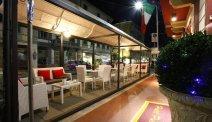 Culinair genieten op een bijzonder terras bij Hotel Puccini