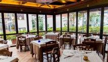 De eetzaal van Hotel La Vela