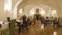 In de gewelven bevindt zich het restaurant van Hotel Tiferno