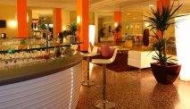De bar van Hotel Astor Lido
