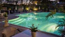 Het zwembad van Hotel Alexia Palace
