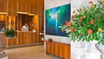 De receptie van Hotel Montecarlo