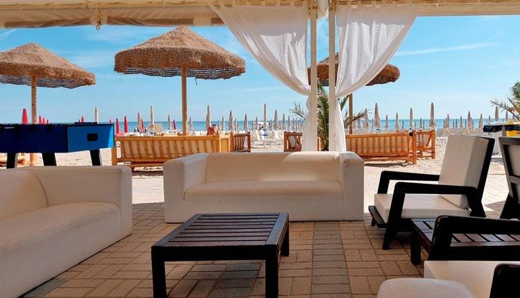 Het terras van Hotel Il Continental
