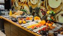 Begin de dag met een heerlijk ontbijtbuffet bij Hotel Grand Cru