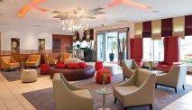 De heerlijke lounge van Leonardo Hotel Wolfsburg