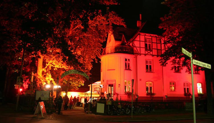 De avond valt bij Hotel Kronprinz
