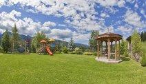 Hotel Lagorai - mooie tuin met speeltuin
