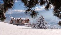 Hotel Lagorai in de sneeuw