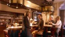 Gezellig een drankje drinken aan de bar van Wellness Hotel Waldecker Hof