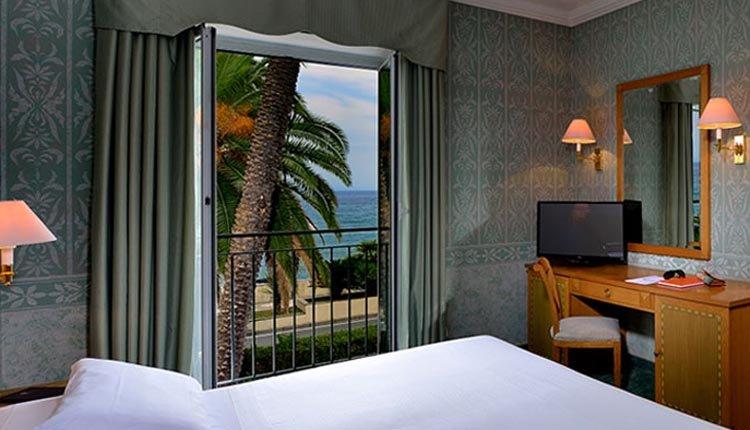 De kamers in Hotel Arenzano zijn comfortabel