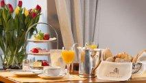 Start de dag met een heerlijk Duits ontbijtbuffet bij Hotel Moseltor
