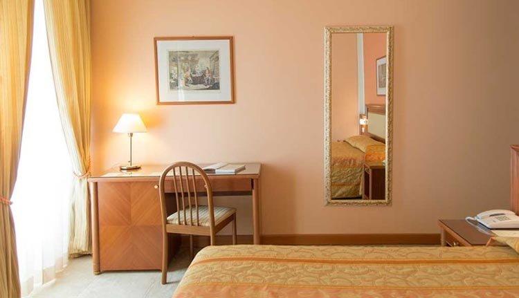 De kamers in Hotel San Gottardo zijn comfortabel