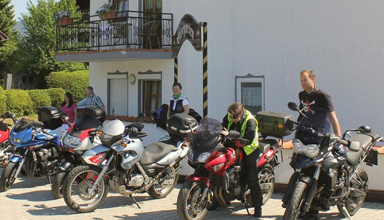 Geweldige motortochten maakt u vanuit Hotel Riesberghof